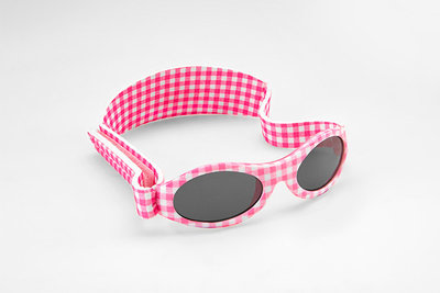 Baby BANZ zonnebril roze ruit (0-2 jaar)